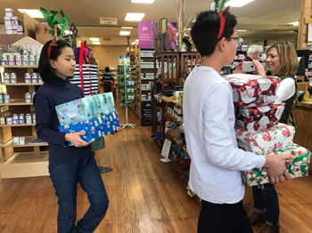 OMS Students Help with Shoeboxes for Seniors