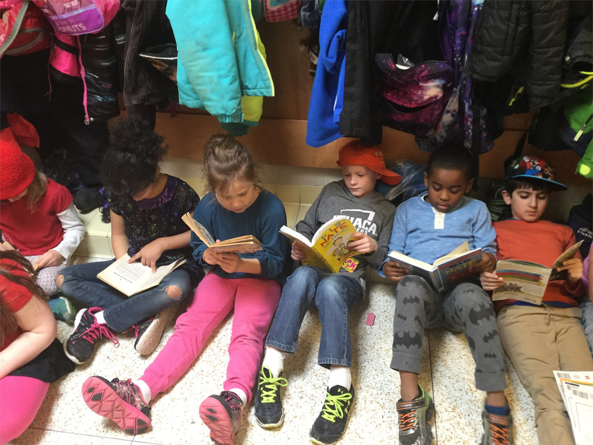 Celebrating Seuss and Reading! DEAR Time in the Hall