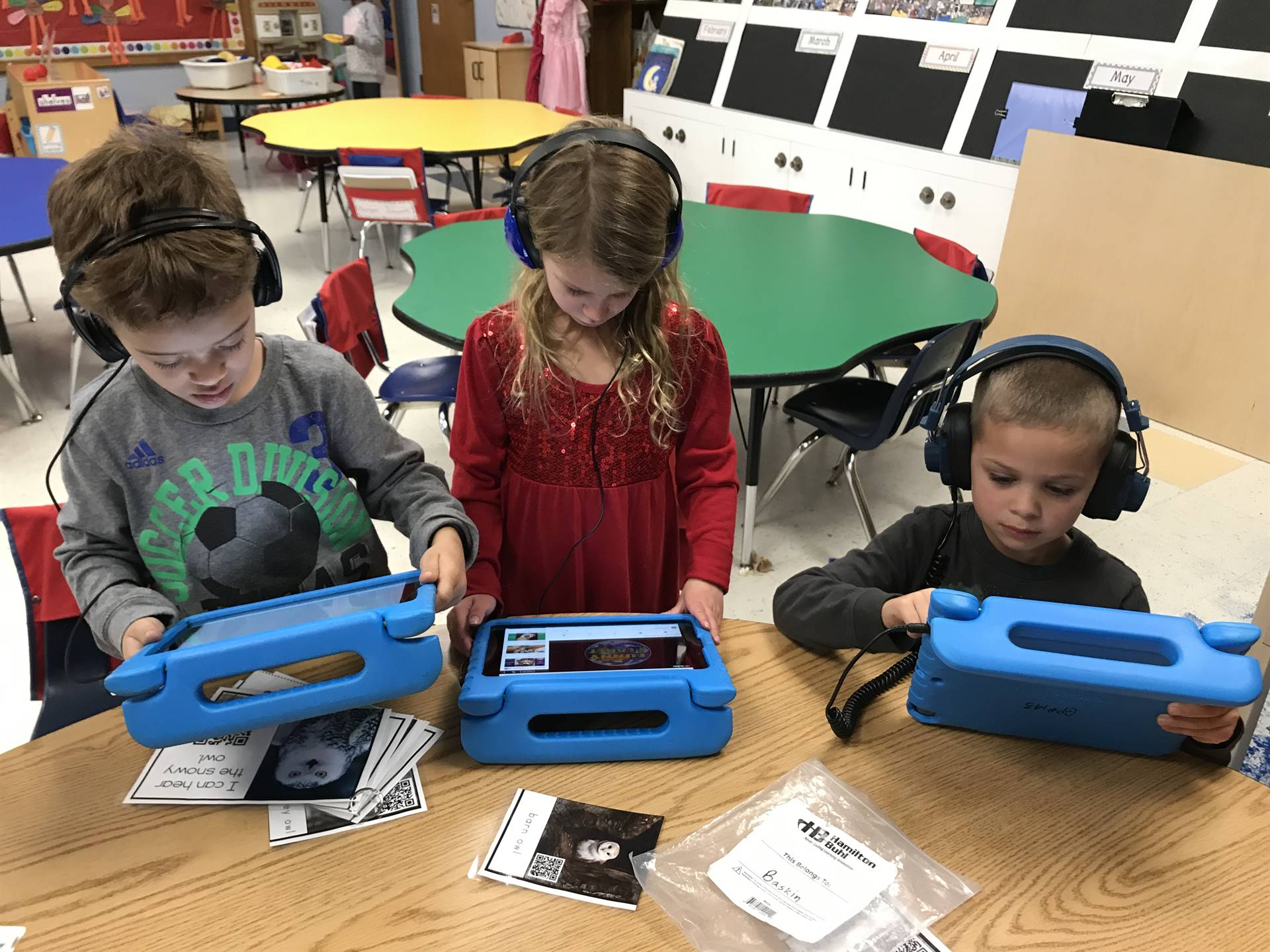 Kindergarten learns about owls using QR codes.