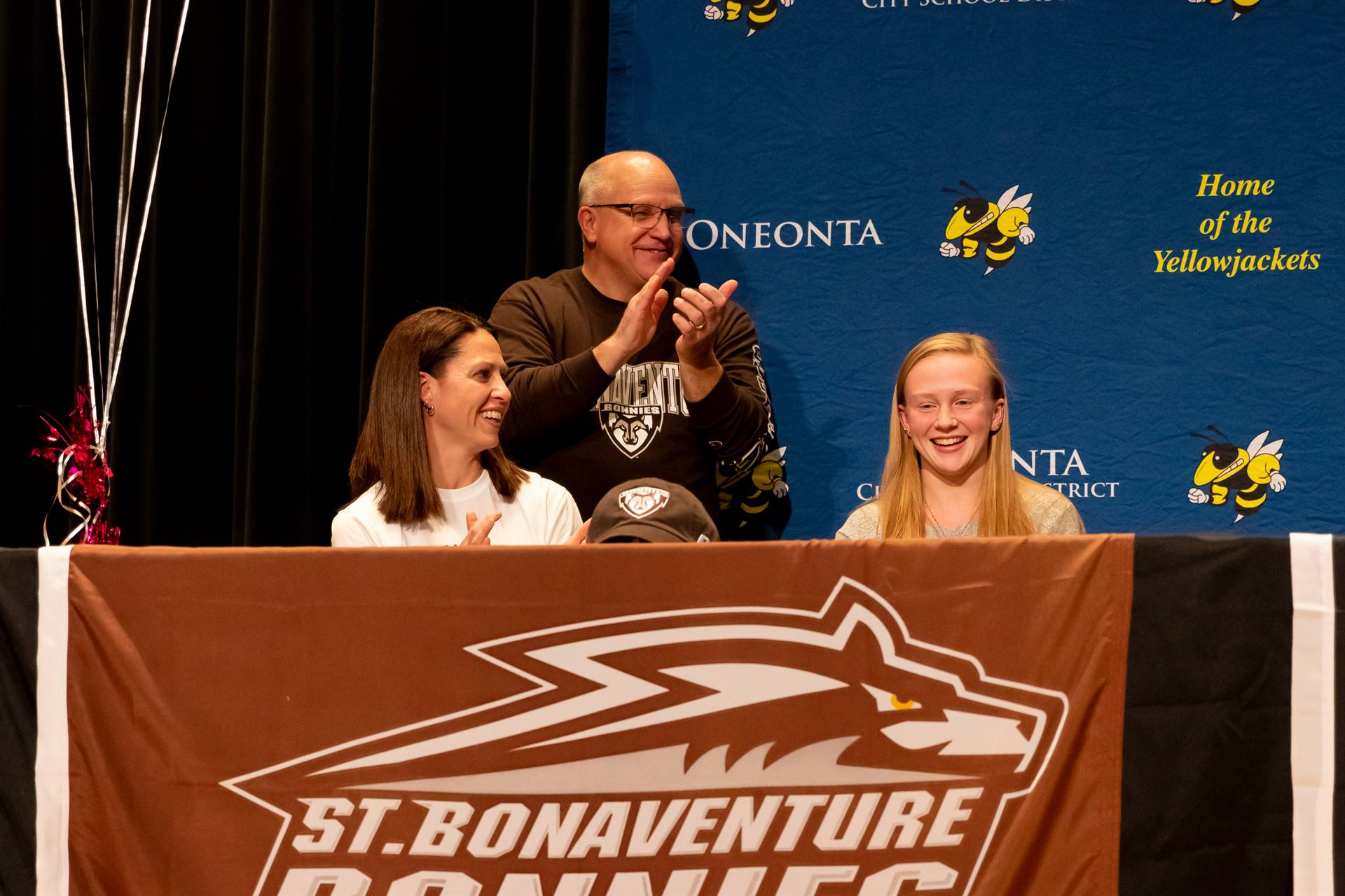 Girls Diving St. Bonnie's signing
