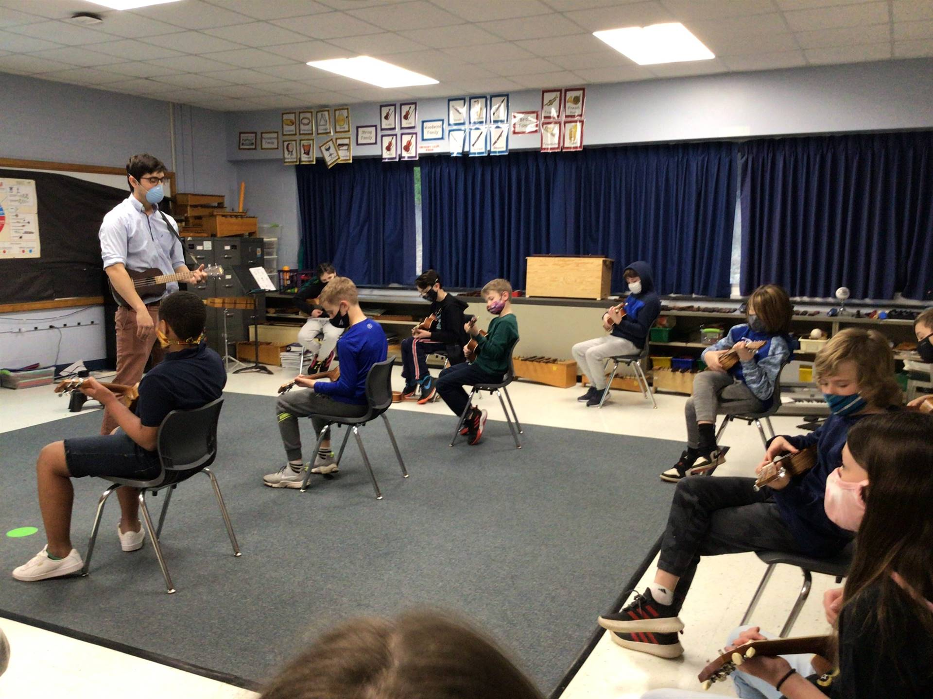 music class with ukeleles